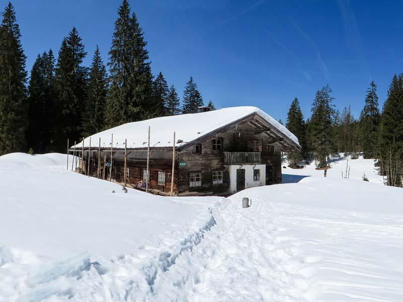 Teamevent Winterliche Hüttenexpedition